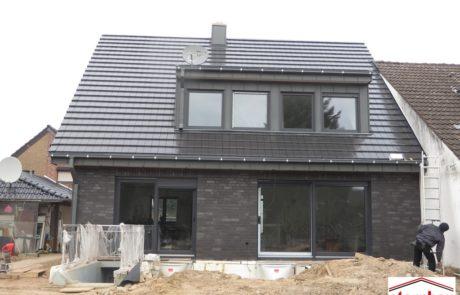 schlüsselfertige Neubau-Neuss